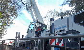 Affordable Small & Mobile Crane Hire Services Goulburn & Sydney